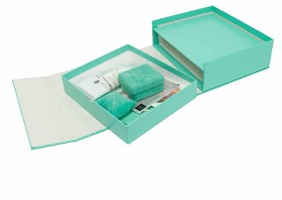 Casemade-Jewelry-Kit-Relio-Packaging-inside-contents