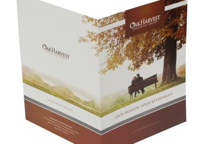 Pocket-Folder-Oak-Harvest-outside